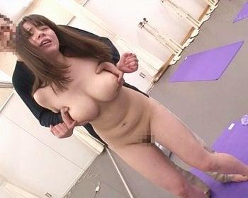 顔射レイプされた産後巨乳人妻